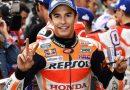 Marquez in pole a Silverstone davanti a Rossi e Crutchlow